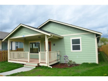 Sedro-Woolley Green Home - Dunlop Ave