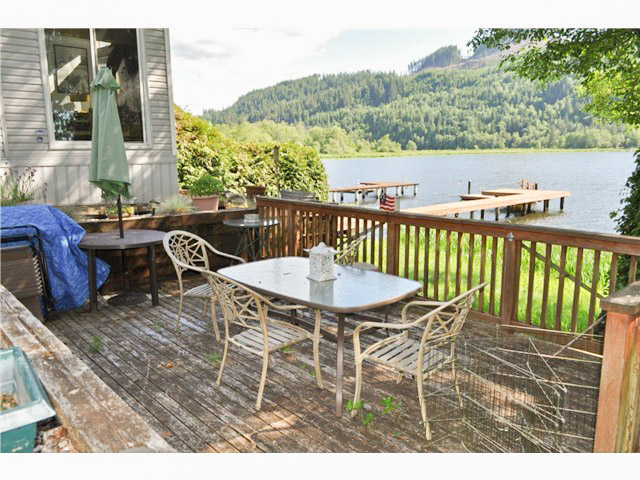 Big Lake Waterfront Home For Sale - 19104 Sulfer Springs Rd, Mount Vernon WA
