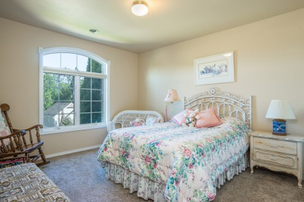 Mount Vernon WA Custom Home - Perfect for Multi-Generational Living- 215 Lilac Dr, Mount Vernon WA